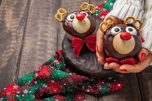Christmas Cupcake Decorating gallery 1