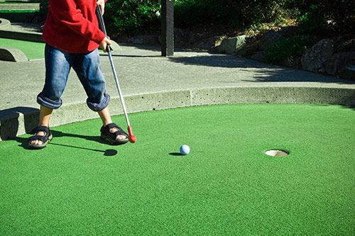 Crazy Golf gallery 1