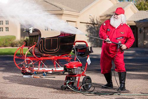 Santa's Sleighbox Derby gallery 3