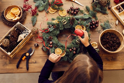 Virtual Wreath Making gallery 1