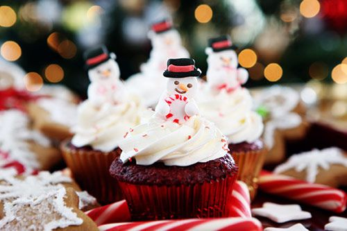 Christmas Cupcake Decorating gallery 3